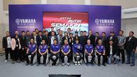 Valentino Rossi dan Maverick Vinales bersama petinggi Yamaha Indonesia.