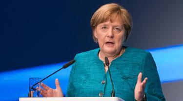 Dihadiri Kanselir Jerman, Mercedz-Benz Siap Luncurkan Mobil Listrik