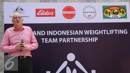 Duta Besar Australia untuk Indonesia, Paul Grigson memberikan sambutan pembuka pada peluncuran kerjasama antara produsen daging sapi Australia, Elders dengan PB PABBSI di KedubesAustralia, Jakarta, Selasa (3/5/2016). (Liputan6.com/Helmi Fithriansyah)