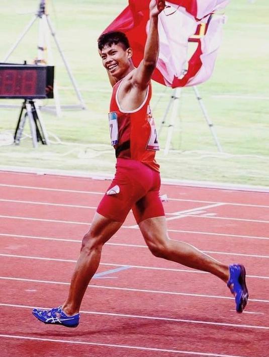 Dalam ajang tersebut, Sapto Yogo Purnomo meraih catatan waktu 11,31 detik. Atas prestasinya, atlet lari 100 Meter T37 Putra Indonesia tersebut berhasil meraih medali perunggu. (Instagram/saptoyogopurnomo).