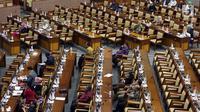 Suasana Rapat Paripurna ke-6 Masa Persidangan I Tahun 2017-2018 di Kompleks Parlemen, Senayan, Jakarta, Selasa (26/9). Dalam sidang ini Pansus Angket menyerahkan laporan terkait pelaksanaan tugas dan kewenangan KPK. (Liputan6.com/JohanTallo)