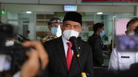 Bandung siaga 1 COVID-19, Menko PMK Muhadjir Effendy minta masyarakat lebih memperketat protokol kesehatan usai meninjau RSKIA Kota Bandung, Jawa Barat, Rabu (16/6/2021). (Dok Kemenko PMK)