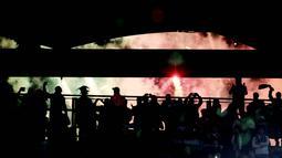 Olimpico yang merupakan salah satu stadion tertua di dunia ini awalnya bernama Stadio dei Cipressi pada tahun 1937. Namun Desember 1950, stadion ini mengalami renovasi dan berubah nama menjadi Stadio dei Centomila yang diresmikan 1953. (AFP/FIlippo Monteforte)