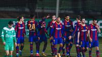 Ousmane Dembele dan pemain Barcelona merayakan gol di Copa Del Rey (AP)