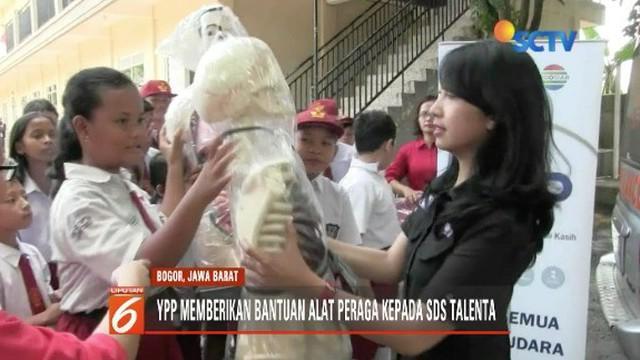 YPP SCTV-Indosiar salurkan bantuan kepada SDS Talenta, PAUD Talenta, dan PAUD Happy Kids Indonesia.