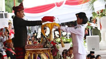 Jokowi Berpakaian Adat Kalsel Pimpin Upacara HUT RI