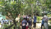 Puluhan pot tanaman obat keluarga (toga) memenuhi halaman Pondok Herbal Kelompok Toga Kenanga di Desa Gajah Mati, Kecamatan Babat Supat, Kabupaten Musi Banyuasin Sumsel (Liputan6.com / Nefri Inge)
