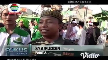 Setiap tahun, umat muslim memperingati hari kelahiran Nabi Muhammad. Perayaan ini juga dikenal dengan Maulid Nabi SAW. Untuk merayakan Maulid Nabi SAW, ada sejumlah tradisi yang dilakukan di masing-masing daerah termasuk di Surabaya, Jawa Timur.