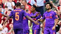 Para pemain Liverpool merayakan gol ke gawang Torino pada laga persahabatan di Stadion Aviva, Dublin, Selasa (7/8/2018). (AFP/Paul Faith)