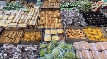 Berburu Kue Tradisional nan Murah di Kue Subuh Melawai
