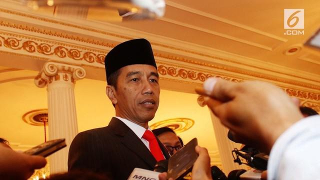 Presiden Joko Widodo atau Jokowi kembali mengimbau masyarakat untuk menggunakan media sosial untuk hal positif. Caranya dengan menghentikan penyebaran fitnah di media sosial.