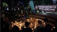 Aliansi Suporter Bandung Gelar Aksi Bobotoh Melawan Stigma. (Liputan6.com/Huyogo Simbolon)