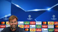 Jurgen Klopp mengungkapkan alasan mengapa dirinya lebih tertarik melatih Liverpool dibandingkan Manchester United. (Paul ELLIS / AFP)