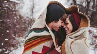 Berikut adalah beberapa tanda yang dapat memastikan apakah Anda berjodoh dengan pasangan.