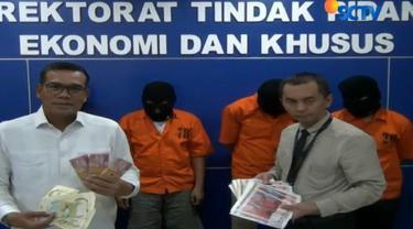 Penggerebekan Ruko yang digunakan sebagai tempat mencetak uang palsu ini dilakukan pada Selasa siang di Serang, Banten.