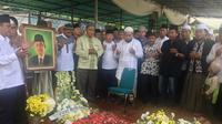 Makam KH Hasyim Muzadi (Liputan6.com/Ady Anugrahadi)