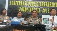 Polda NTT berhasil mengungkap kasus penipuan dengan mencatut nama Kapolri, Tito Karnavian. Pelaku berinisial BNN alias B diciduk aparat Polda NTT di Jakarta Selatan, Sabtu (10/3/2018).
