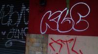 Ilustrasi vandalisme atau aksi coret di tembok bangunan ataupun dinding rumah. (Foto: Dok. KRjogja.com)