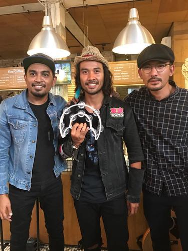 Glenn Fredly, Chicco Jerikho, Rio Dewanto