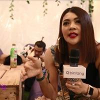 Ada beberapa alasan yang membuat Indah Dewi Pertiwi tertarik untuk hadir di malam kedua DWP 2015. Salah satunya adalah mencuri ilmu dari acara musik besar ini. Bahkan, dirinya sudah berkhayal ingin berkolaborasi dengan salah satu DJ yang tampil di DW...