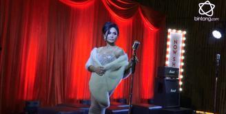 Alasan Yuni Shara masih setia mengeluarkan album fisik.