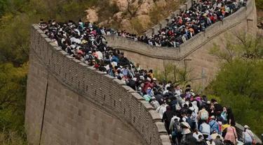 Suasana Tembok Besar China Saat Hari Libur Nasional