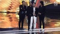 Armada Bawa Pulang Piala Band Paling Ngetop SCTV Music Awards 2017 (Liputan6.com/Herman Zakharia)