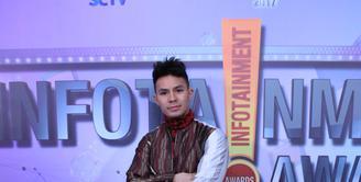 Tahun 2017, pemeran Fero Walandouw melebarkan bisnisnya. Sebagai pemeran, ia sadar dengan banyaknya persaingan dan pendatang baru yang terus bermunculan. Hasil bisnisnya adalah sebuah mobil sport. (Adrian Putra/Bintang.com)