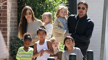 Brad Pitt Cerai, Anak Angkatnya Terancam Dikirim ke Negara Asal