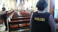 Kabag Ops Polrestabes Bandung AKBP Dhafi mengatakan, penyisiran melibatkan 1 unit Jibom Satuan Brimob Polda Jabar.