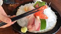 Fauzi Imam mencicipi sushi di Omnia Bali.