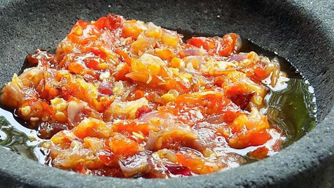 Sambal bawang goreng