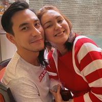 Donna Agnesia dan Darius Sinathrya (Instagram/dagnesia)