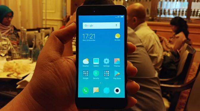 Tampilan depan Xiaomi Redmi 5A. Liputan6.com/Agustinus Mario Damar