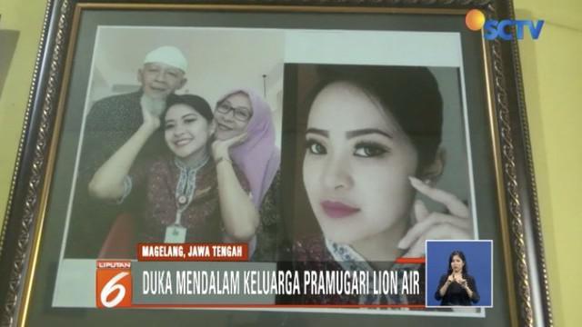 Duka mendalam dirasakan keluarga pramugari Lion Air JT 610 Citra Novita Anggelia.
