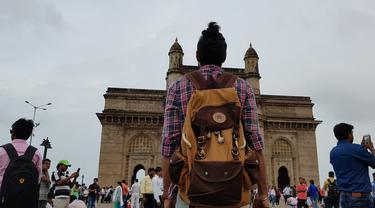 Ilustrasi turis di India