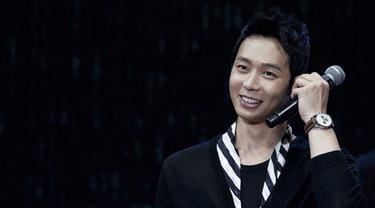 Dalam Hitungan Menit, Tiket Fan Meeting Yoochun Diserbu Habis Penggemar