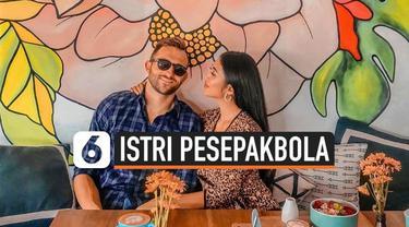 Kabar duka menghampiri pemain sepak bola Bali United, Ilija Spasojevic.  Istrinya yang bernama Lelhy Arief Spaso, meninggal dunia pada hari Rabu (20/11/2019).