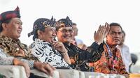 Puluhan penggiat budaya dan pariwisata berkumpul dalam diskusi santai bertajuk Ngadu Bako yang berlangsung di Saung Wayang Ajen, Sukamelang, Minggu (20/10/2019).