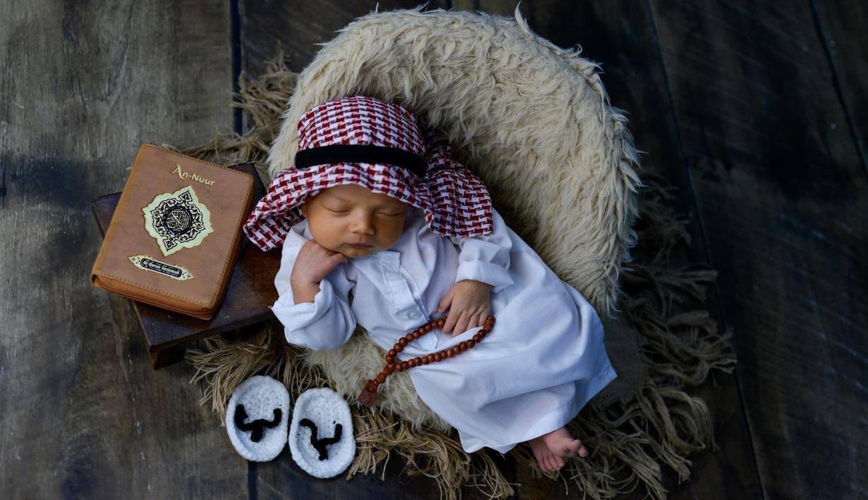 FOTO: Tren Fotografi Unik Bagi Bayi Baru Lahir - Lifestyle ...
