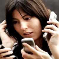 23 Tanda Kalau Kamu Sudah Kecanduan Ponsel