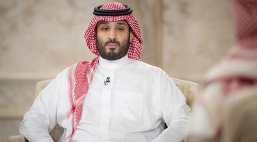 Newcastle resmi diakui sisi oleh Public Investment Fund (PIF) Arab Saudi yang dipimpin oleh Pangeran sekaligus Putra Mahkota Arab Saudi, Mohammed bin Salman. PIF tercatat harus menggelontorkan dana sekitar 300 poundsterling dan menguasai saham mayoritas sebanyak 80 persen. (AFP/Saudi Royal Palace)
