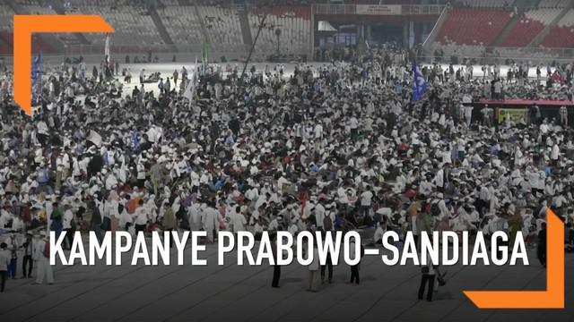 Lautan massa mayoritas berbaju putih memadati stadion GBK dalam rangka kampanye akbar pasangan capres cawapres Prabowo-Sandiaga Uno.