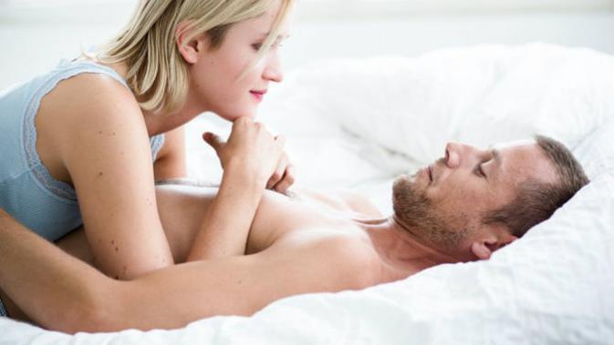 Berikut Trik Foreplay saat Baru Menikah