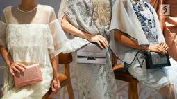 Tas koleksi terbaru Pedro terlihat dalam acara bertajuk Glamazing Ramadan Event di Jakarta, Sabtu (25/5/2019). Selain memamerkan koleksi tas dan sepatu, PEDRO  juga mengadakan turban workshop oleh Lady Yulia. (Liputan6.com/Immanuel Antonius)