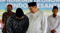 Ketua Masyarakat Ekonomi Syariah yang juga Menteri BUMN, Erick Thohir pada hari ini, Minggu 11 April 2021 meresmikan Pertashop untuk Pondok Pesantren di Desa Surusunda, Kecamatan Karangpucung, Kabupaten Cilacap.