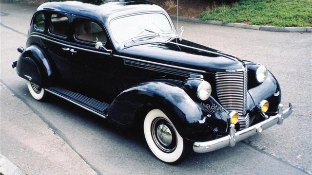 Chrysler Imperial Mobil Favorit Soekarno Yang Pernah Digranat