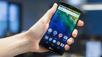 Tampilan smartphone yang menjalankan Android Stock (sumber: Android Pit)