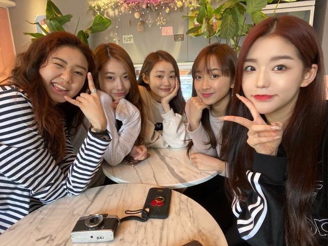 Trainee Cantik Asal Indonesia Akan Debut Sebagai Member Girl Group K Pop News Entertainment Fimela Com