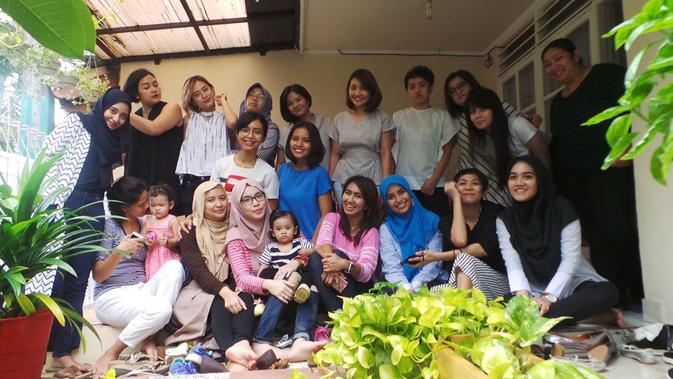 Serunya Aksi Ibu-Ibu Eksis di Grup Buibuk Socmed - Health Liputan6 com